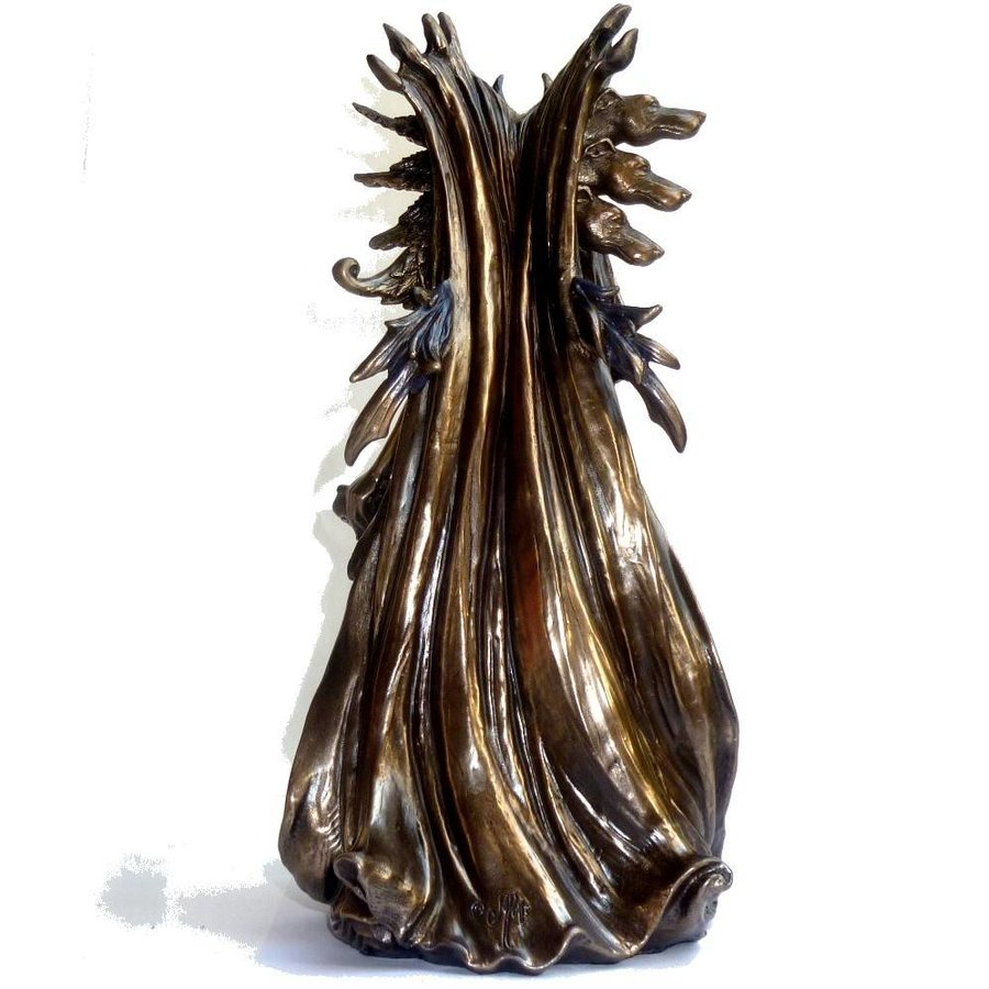 Hexengöttin aus Polyresin, bronziert-3