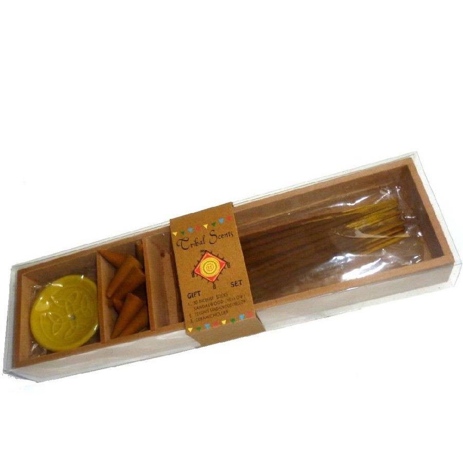 Holzkästchen mit Räucherstäbchen, Kegel und Halter-6