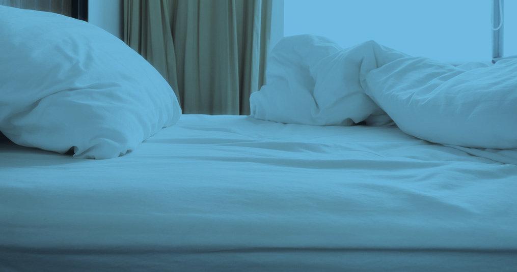 Waarom moet je 's ochtends je bed niet opmaken, maar luchten?