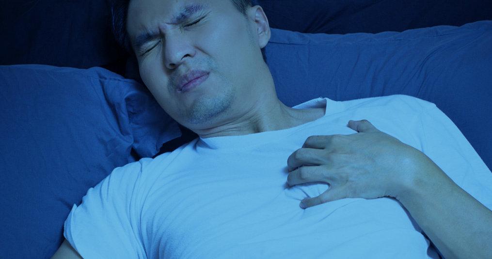Benauwdheid 's nachts: Waardoor kun je benauwd wakker worden?