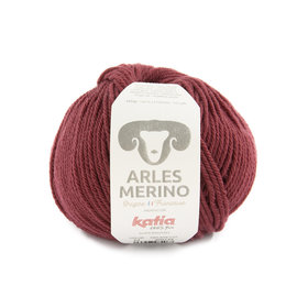 Katia Arles Merino 54 Robijnrood