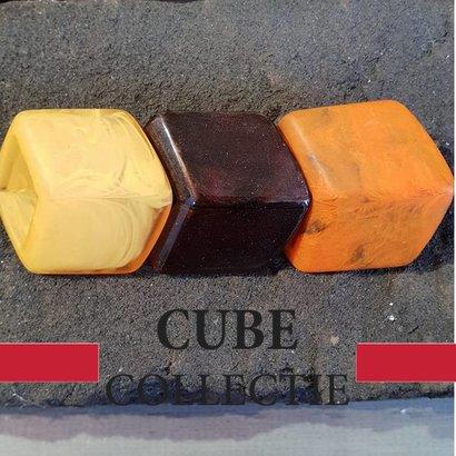 CUBE COLLECTION 3 CUBES COMBINATIE 104 De afmeting van 1 CUBE is 46x36mm.