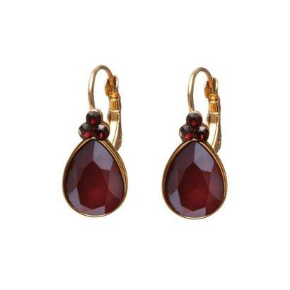 BIBA OORBELLEN Biba druppelvormige oorhangers  Goud of Zilverkleurig met Royal Red Swarovskisteen
