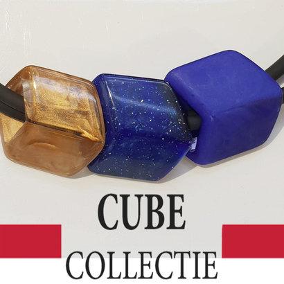 CUBE COLLECTION 3 CUBES COMBINATIE 008 De afmeting van 1 CUBE is 46x36mm.
