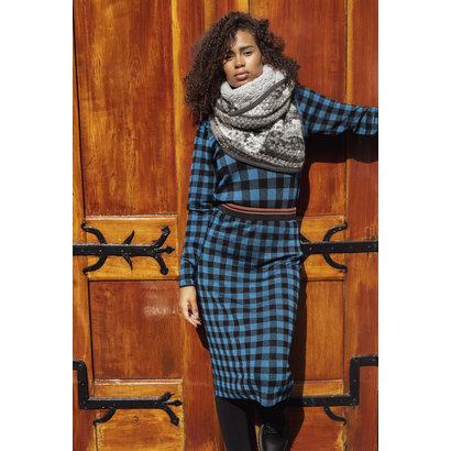 STOLT SJALEN Stolt Sjaal MILLA in lichtgrijs, donkergrijs en zwart gemêleerde wol en een Lichtgrijze teddy binnenzijde