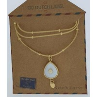 GO-DUTCH LABEL Go Dutch Label Necklace with Drop-shaped pendant with white mother-of-pearl Gold-colored