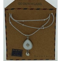GO-DUTCH LABEL Go Dutch Label Necklace with Drop-shaped pendant with white mother-of-pearl Silver colored