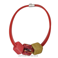 CUBE COLLECTION CUBE KETTING Red Coral Marble Red met 3 Cubes