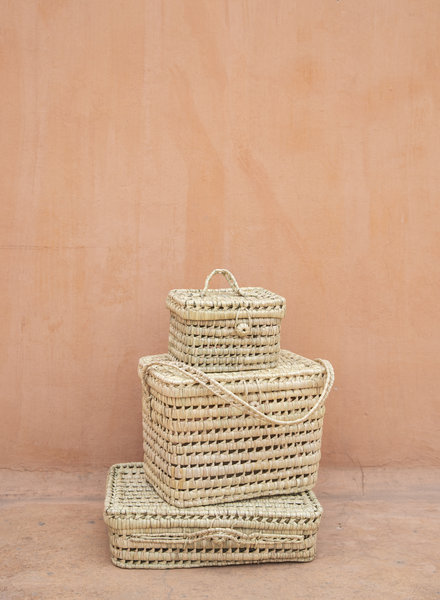 Handwoven palm leaf basket - S