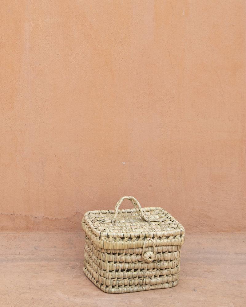 Handwoven palm leaf basket - S