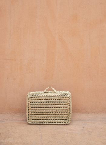 Handwoven palm leaf basket - M