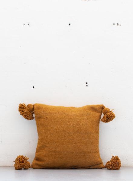 The Souks x Dappermaentje - Handwoven pom pom pillow Bronze - M