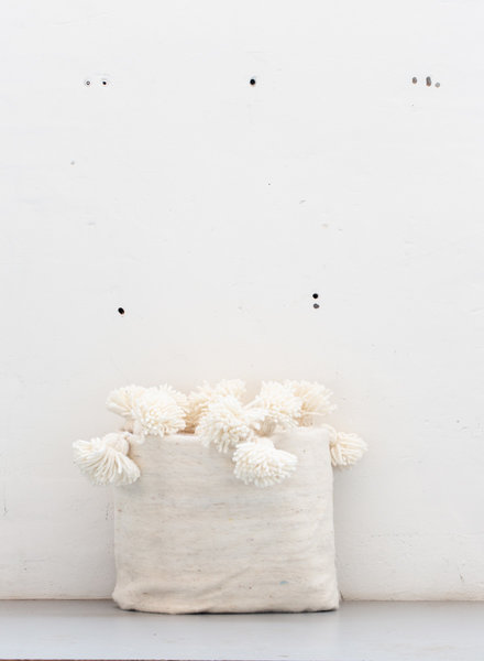 The Souks x Dappermaentje - Berber pompom blanket Off white