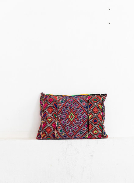 Berber pillow 380