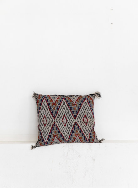 Berber pillow 389