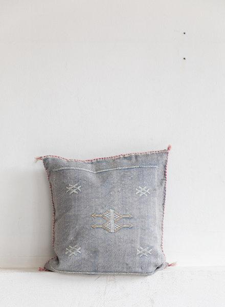 Vegan silk cactus pillow 154