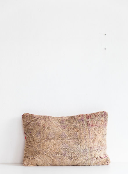 Special Vintage Pillow 439