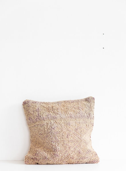 Special Vintage Pillow 441