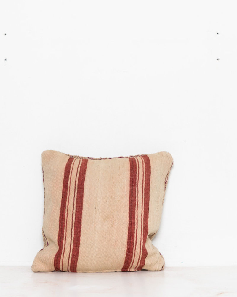 Special Vintage Pillow 468