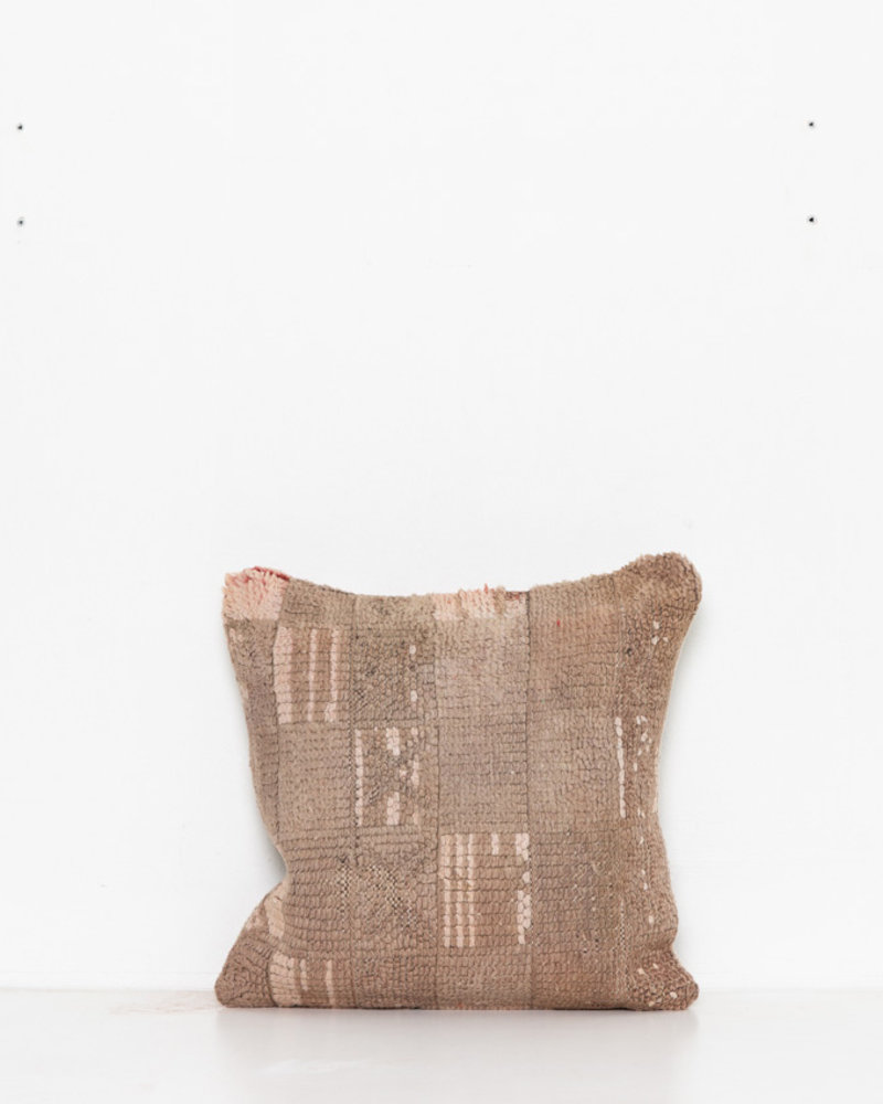 Special Vintage Pillow 471