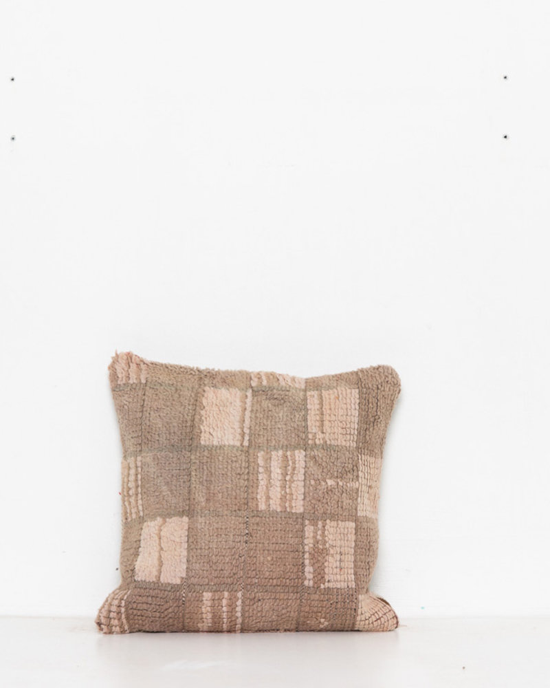 Special Vintage Pillow 472