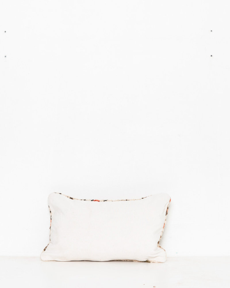 Special Vintage Pillow 518