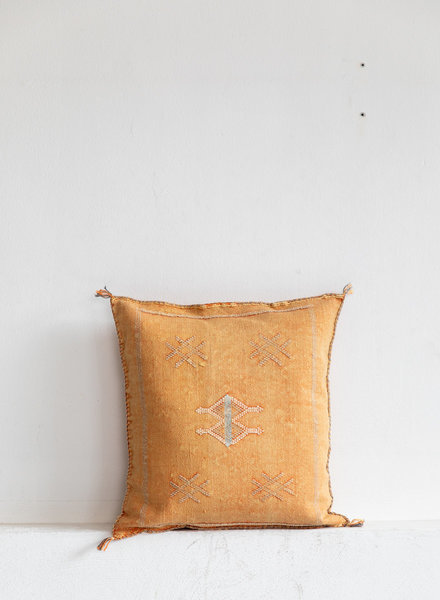 Vegan silk cactus pillow 164