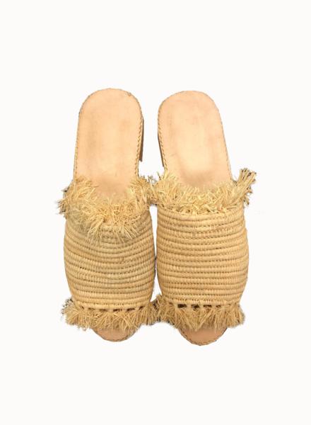 SAMPLE SALE - Raffia slipper sand - size 37