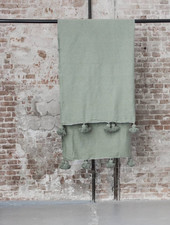 Berber pompom blanket M - green