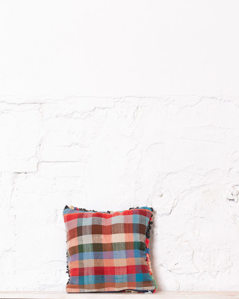 Special Vintage Pillow 558