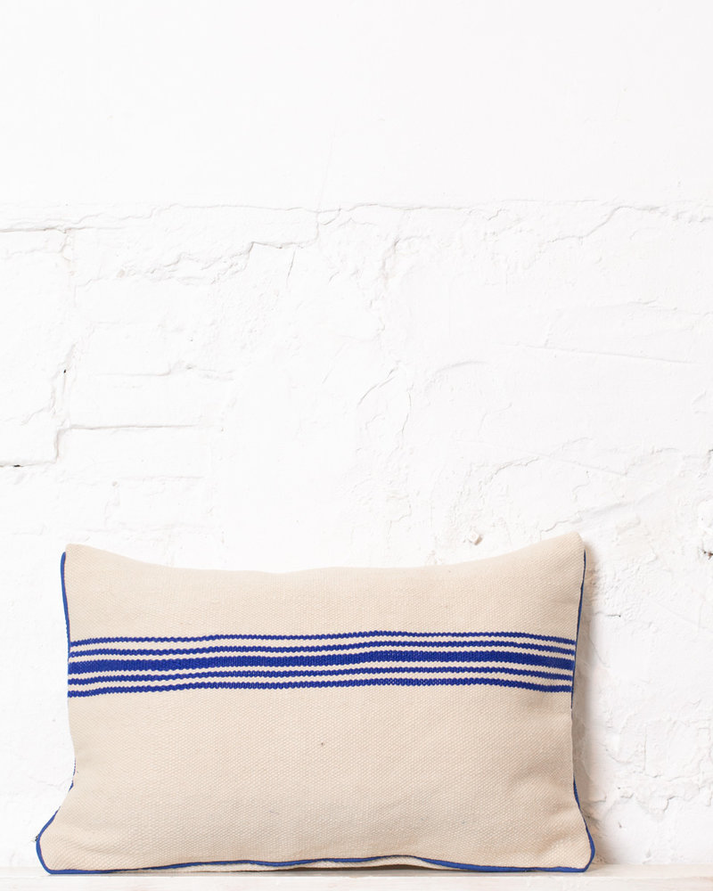 Authentic striped Berber pillow from Morocco 302