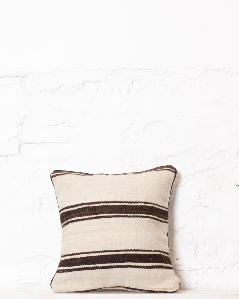 Authentic striped Berber pillow from Morocco 314