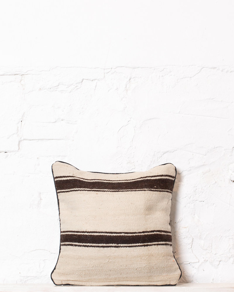 Authentic striped Berber pillow from Morocco 317