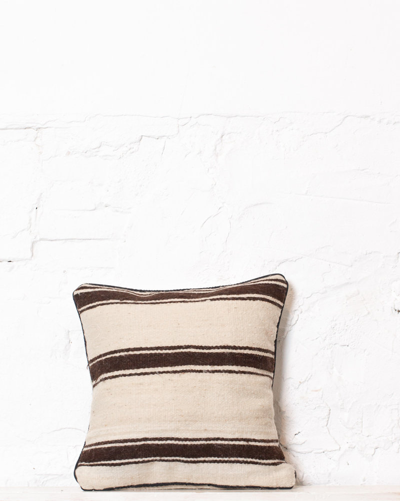 Authentic striped Berber pillow from Morocco 318