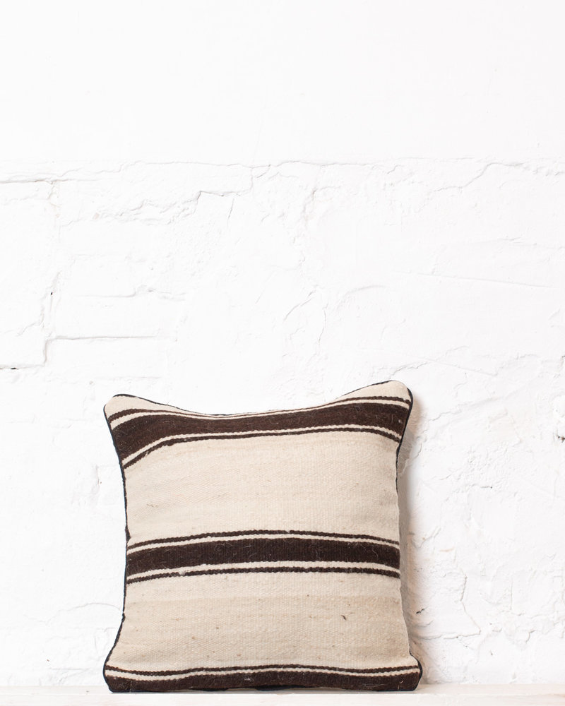 Authentic striped Berber pillow from Morocco 319