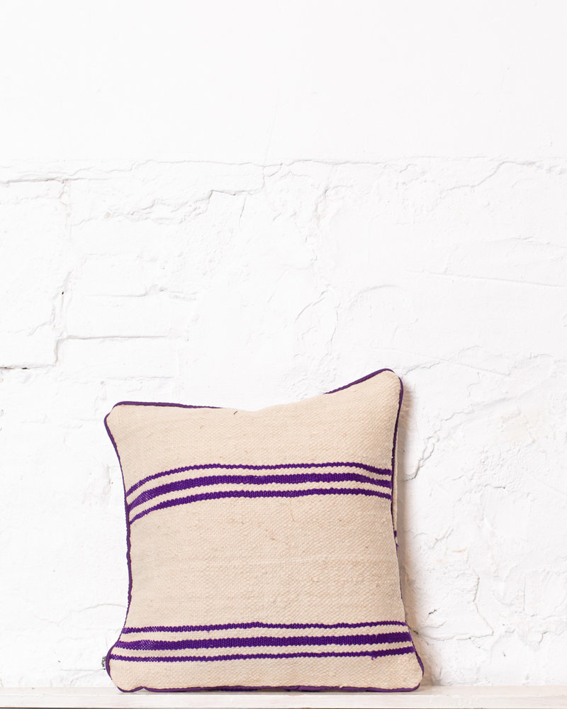 Authentic striped Berber pillow from Morocco 340
