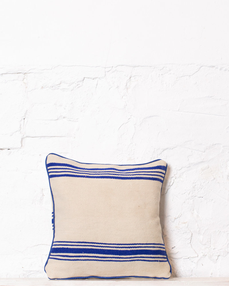 Authentic striped Berber pillow from Morocco 347