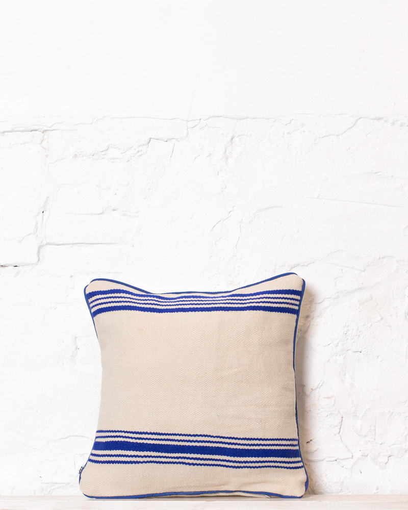 Authentic striped Berber pillow from Morocco 368