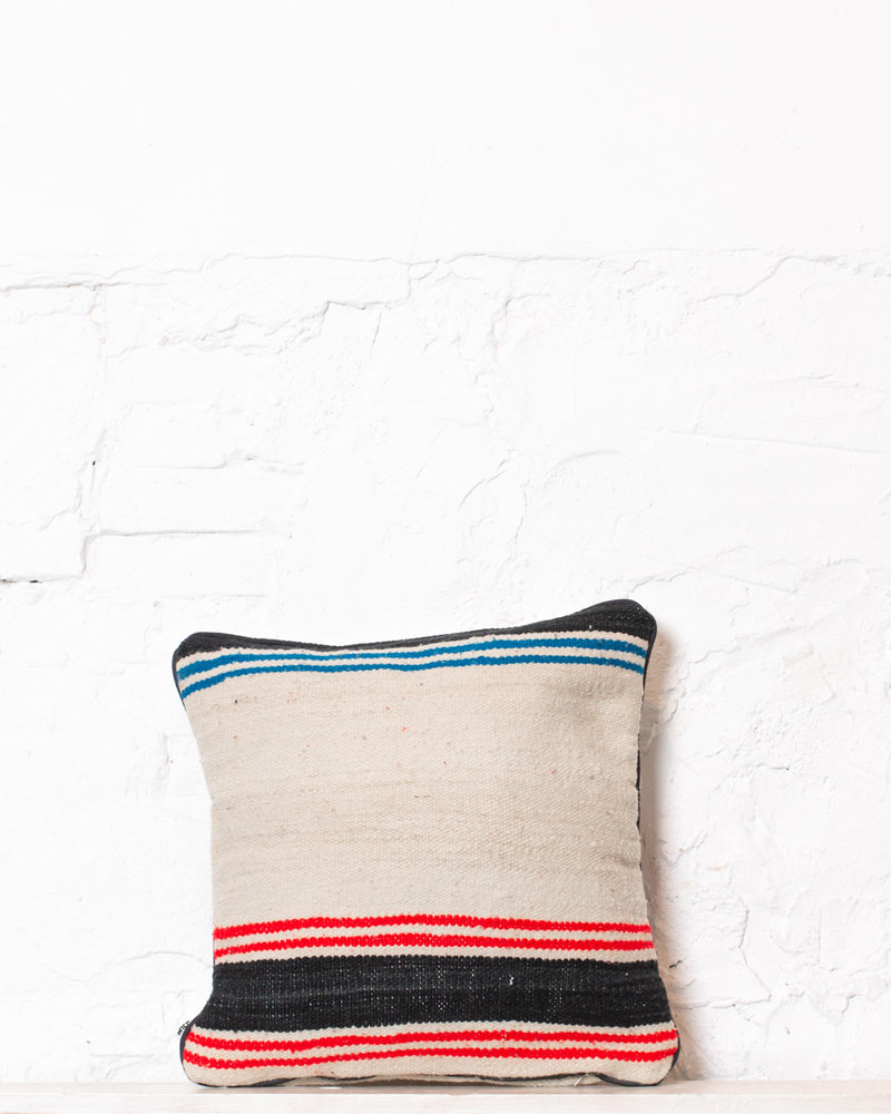 Authentic striped Berber pillow from Morocco 371