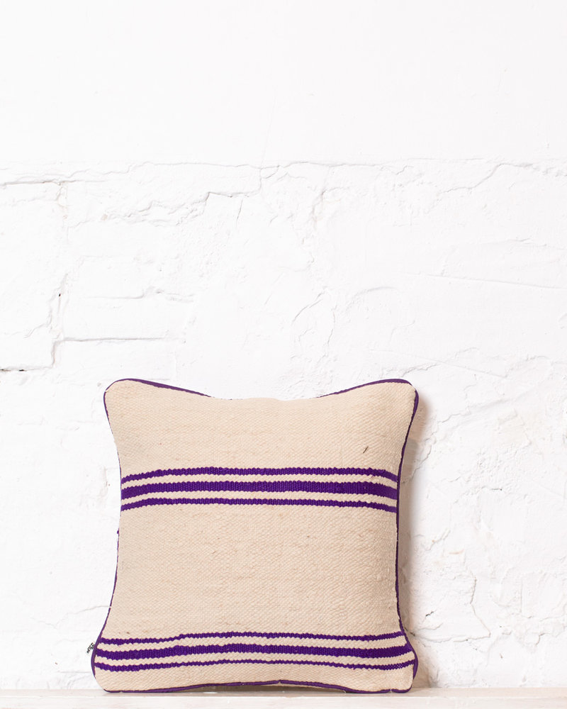 Authentic striped Berber pillow from Morocco 373