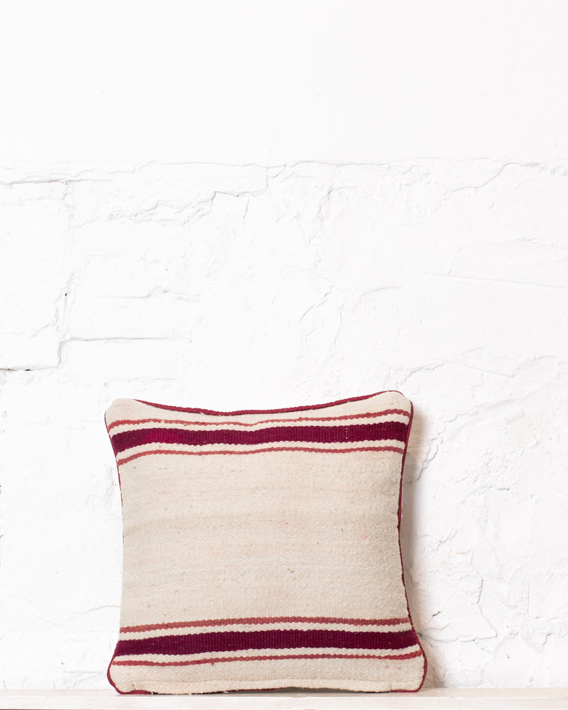 Authentic striped Berber pillow from Morocco 383