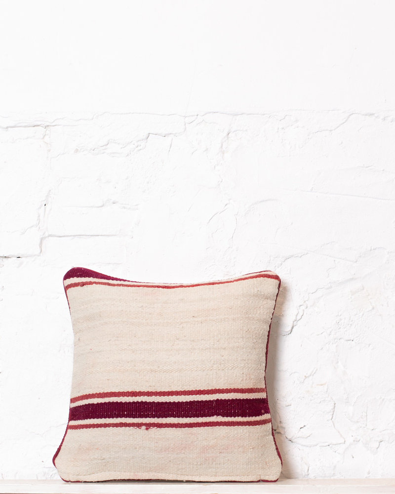Authentic striped Berber pillow from Morocco 384
