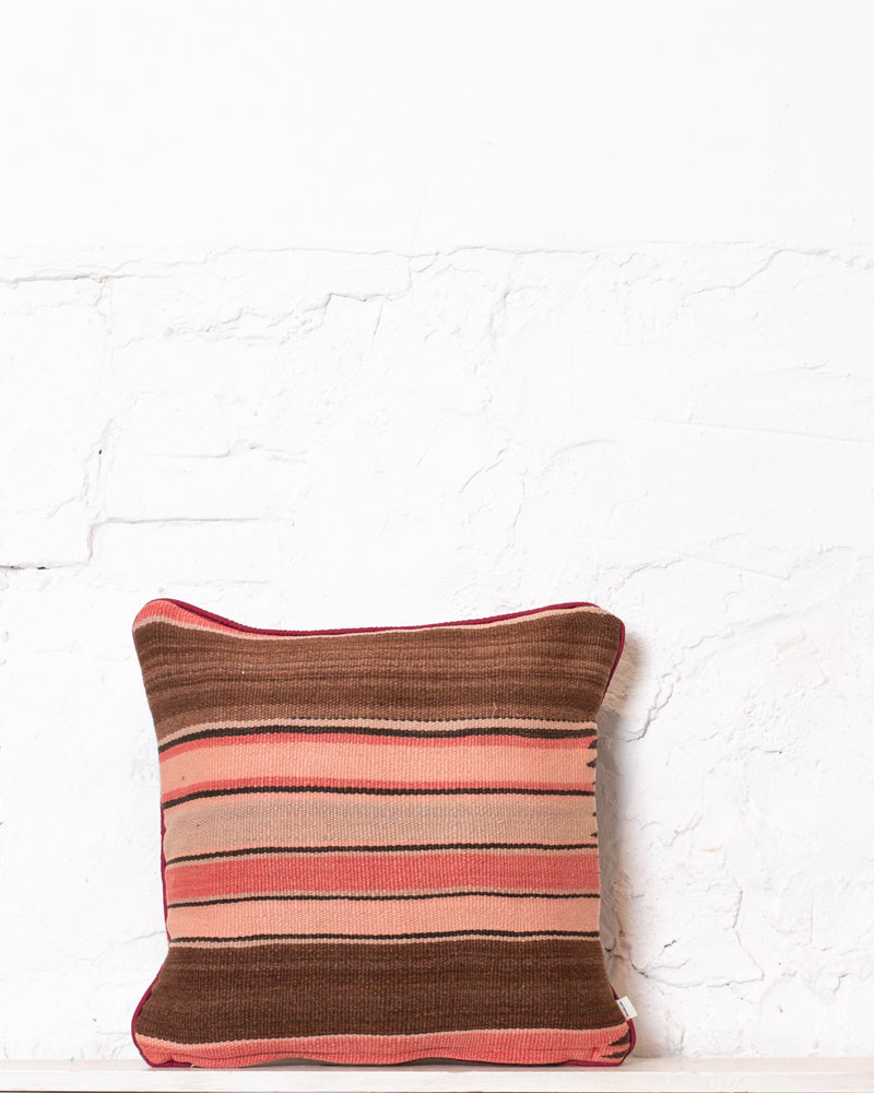 Authentic striped Berber pillow from Morocco 389