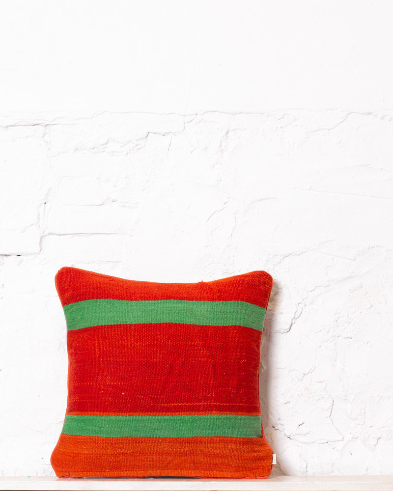 Authentic striped Berber pillow from Morocco 391