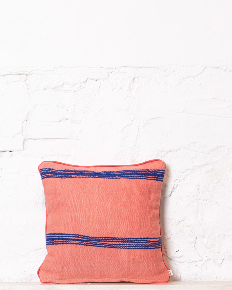 Authentic striped Berber pillow from Morocco 392
