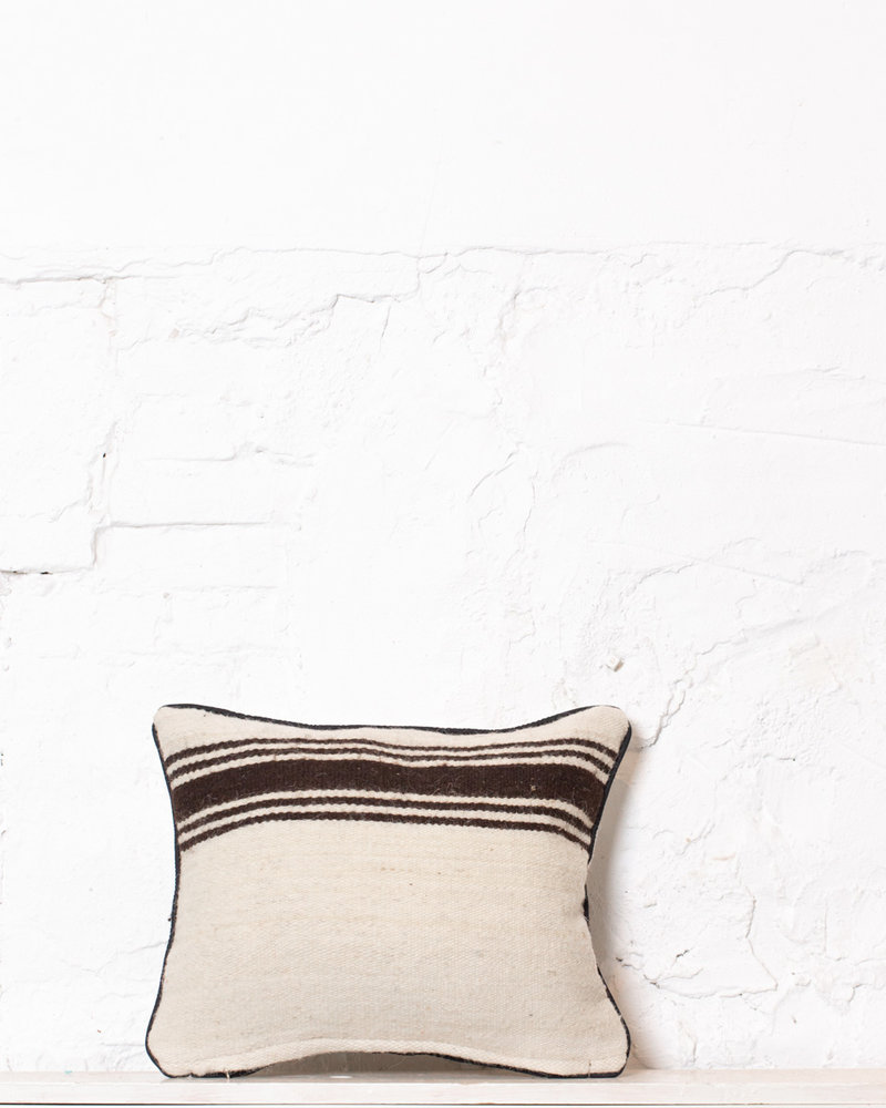 Authentic striped Berber pillow from Morocco 398