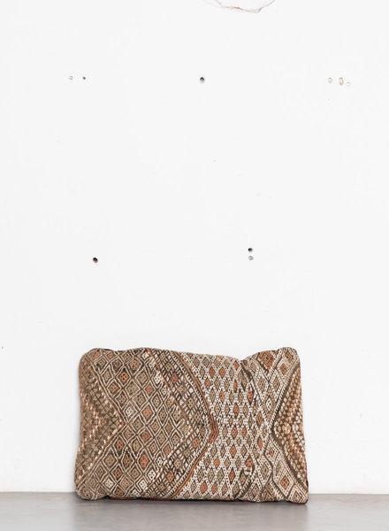 Berber pillow 408