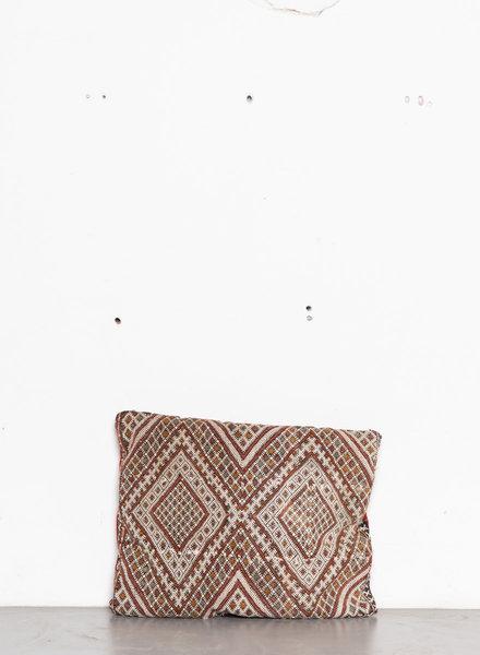 Berber pillow 411