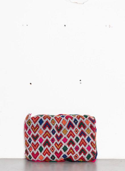 Berber pillow 424