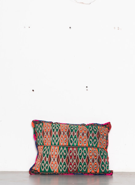 Berber pillow 431